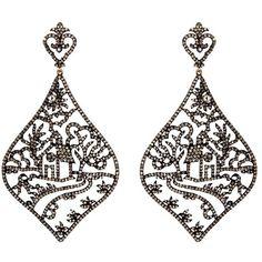 Aishwarya Diamond gold alloy house filigree drop earrings (13.180 BRL) ❤ liked on Polyvore featuring jewelry, earrings, metallic, filigree jewelry, filigree earrings, diamond jewellery, gold jewelry and yellow gold diamond earrings