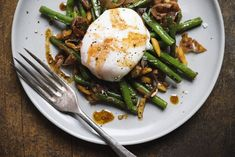 Spanish Green Beans with Ham, Almonds and Smoked Paprika from Christopher Kimball's Milk Street