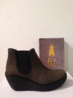 Botí YAT de FLY LONDON. Número 1 en vendes aquesta semana! 115€