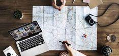 Nomadi Digitali, la nuova frontiera del lavoro smart I nomadismo digitale è una nuova tendenza che si sta espandendo tra le figure professionali del mondo Digital. Ma chi sono e cosa fanno i nomadi digitali? I nomadi digitali sono tutti quei professionisti nell'ambito digital che non hanno un ufficio o un ambiente di lavoro fisso. La sua professione #nomadidigitali #digital #smartworking