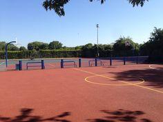 #BasketballSurfacing - http://www.sportsandsafetysurfaces.co.uk/sports/basketball/surfacing/