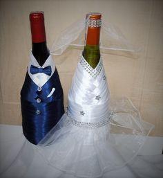 Butelki wina wyglądające jak Para Młoda są idealnym prezentem na ślub