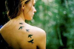 95 Bird Tattoos for Women and Girls Wrist birds tattoo design Back birds with cross tattoos for women Shoulder bird with quotes tattoo idea for girls. Tattoo Girls, Girl Back Tattoos, Pretty Tattoos, Love Tattoos, Beautiful Tattoos, My Name Tattoo, Raven Tattoo, Hand Tattoos, Bird Tattoos For Women
