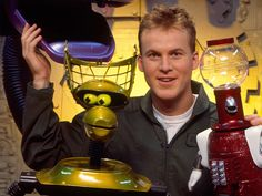 Robot roll call! 'Mystery Science Theater 3000' cast share favorite episodes as show turns 25