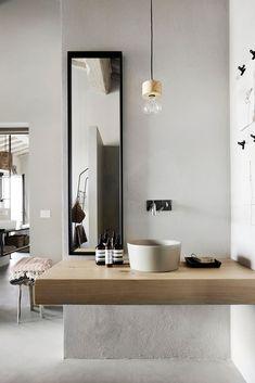 Il Nido, One of a kind villa in Umbria, Italy Home Decor Accessories, Interior, Home Remodeling, Chic Decor, Cute Home Decor, Home Decor, House Interior, Apartment Decor, Bathroom Decor