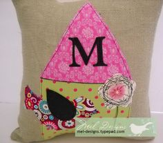 Design team member @Melony Bradley shares a great tutorial on creating a decorative burlap pillow cover decorated with appliques made from Sizzix dies.  Find it on our blog at: http://sizzixblog.blogspot.com/2012/05/burlap-pillow-with-sizzix-die-cuts.html