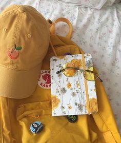 I love yellow ✨☀