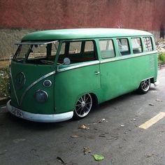 Nice low VW van.