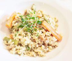 Höstig risotto med sparris och kantareller