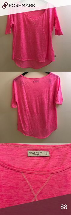 Gilly Hicks - Women's 3/4 Sleeve T-shirt - Small Gilly Hicks - Women's 3/4 Sleeve T-shirt - Small - Excellent Condition Gilly Hicks Tops