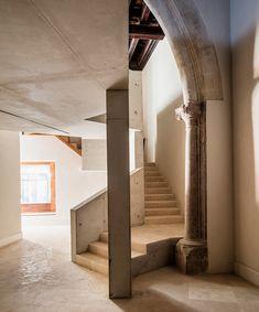 flores-+-prats-architects-+-duch-piza-cultural-center-casal-balaguer-palma-de-mallorca-designboom-02