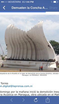 Concha acustica breaking starting at bottom Managua, Labor, Destruction, Shells
