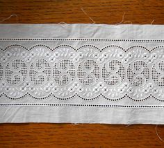 Swiss Embroidered White Eyelet Insert Lace 4 Inches Wide Floral Swirl Design Bridal Gown Trim Free Ship