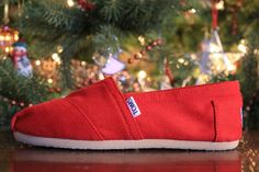 Toms Outlet! $19.99 OMG!! Holy cow, I'm gonna love this site | Look around!