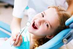 Cara Merawat Gigi Anak Sambil Melatih Sikat Gigi