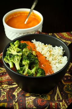 Spicy Red Pepper Curry with Broccoli and Rice | The Vegan 8