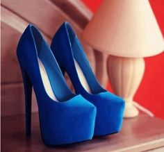 Gorgeous Blue Suede Round Thic Platform High Heel Shoes