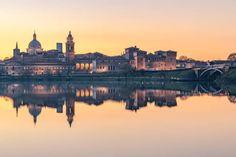 Mantua Italy, Short Cruises, Three Lakes, Destinations, Destination Voyage, Nature Images, World Heritage Sites, Paris Skyline, Tourism