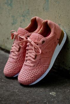 check out e29e0 26636 Sneakers femme - Saucony x Play Clothes 5000