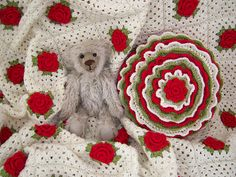 angelfee's Roses are Red Granny Blanket ~ free pattern