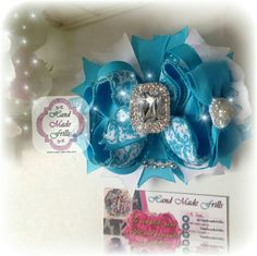 Check out this item in my Etsy shop https://www.etsy.com/uk/listing/255307720/turquoise-blue-hair-bow-damask-print