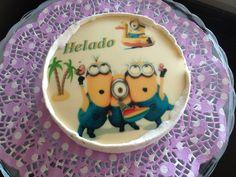 FotoPastel: Tarta de Helado de Vainilla y Merengue, decorada con chocotransfer. Paso a Paso.