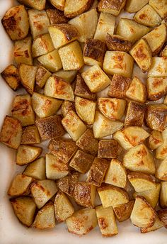 Salt and Vinegar Potatoes are boiled then roasted for a super crispy exterior with a pillowy soft middle that taste just like your favorite potato chips! Beer Recipes, Potato Recipes, Vegetable Recipes, Cooking Recipes, Recipes Dinner, Drink Recipes, Yummy Recipes, Dinner Ideas, Dessert Recipes