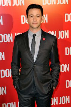 Joseph Gordon-Levitt in a modern, tailored suit and flawless hair. #mensstyle #hairstyle #2013Best