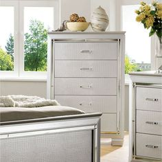 Furniture of America Dundee 5 Drawer Chest - IDF-7979BK-C