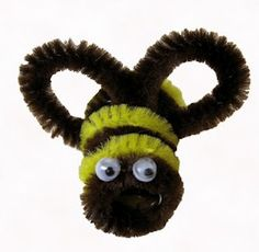 Easy pipe cleaner crafts Chameleon pipe cleaner creature Easter pipe cleaner finger puppets Make a pipe cleaner animal craft How to make a pipe cleaner animals Pipe cleaner octopus Things to make with pipe cleaners Pipe Cleaner Art, Pipe Cleaner Animals, Pipe Cleaners, Bee Crafts, Preschool Crafts, Diy Crafts For Kids, Craft Ideas, Bee Party, Sunday School Crafts