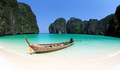 "Place, which became famouse after ""The Beach"" film released. Book now - http://www.mustgotravel.com?utm_content=buffere9117&utm_medium=social&utm_source=pinterest.com&utm_campaign=buffer  #thebeach #thailand #leonardodicaprio"