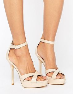 ae46172aa7 River Island - Glam - Chaussures compensées à talons style 70's - Doré. Truffle  Collection ...
