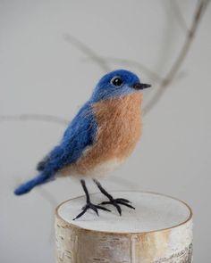 Needle Felted Bluebird, Realistic Life Sized Eastern Bluebird Made to Order Paper Mache Animals, Felt Animals, Felt Crafts Patterns, Grandeur Nature, Felt Finger Puppets, Needle Felting Tutorials, Felt Birds, Felted Slippers, Needle Felted Animals