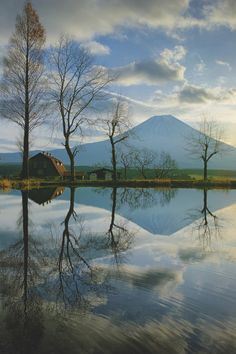 Sunrise and Mt. Fuji Reflected in a Pond - Pinned by Mak Khalaf Taken with the SIGMA Quattro this morning. I'm in love with this little beast. Very sharp and no distortion. by Yuga Amazing Nature Photos, Nature Pictures, Cool Pictures, Cool Photos, Beautiful Pictures, Landscape Photos, Landscape Photography, Mount Fuji, Beautiful Morning
