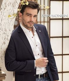 Instagram Luciano y sus fans Crushes, Suit Jacket, Handsome, Blazer, Suits, Fans, Jackets, Instagram, Fashion