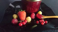 Confiture de fruits rouges maison