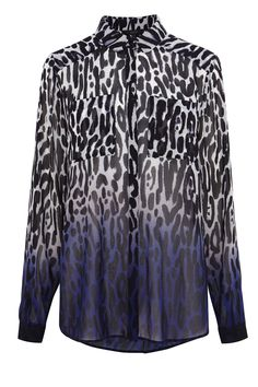 Be the centre of attention in this vivid animal dip dye printed blouse. The Rummell blouse is a stylish staple piece closed with buttons, wear this piece for a clean and polished look. Pair with skinny trousers for contemporary style this season.