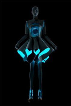 Alpha Lyrae di Vera Wang