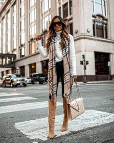 8 Ways To Style Thigh-High Boots! – That Chic Fashion – Ankita Jaiswal Winter Outfits For Teen Girls, Trendy Fall Outfits, Plaid Outfits, Casual Fall Outfits, Winter Fashion Outfits, Fall Winter Outfits, Fall Outfit Ideas, Winter Professional Outfits, Casual Winter