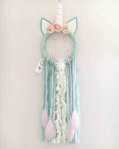 Layla Unicorn Dream Catcher is part of Unicorn crafts Dream Catcher - she is dreaming The bad dreams not knowing the way get tangled in the dream catcher and perish with the first light of new… Dream Catcher Decor, Dream Catcher Boho, Dream Catchers, Dream Catcher Kids, Unicorn Birthday, Unicorn Party, Dreamcatcher Crochet, Diy Beauty Hacks, Diy And Crafts