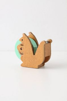 squirrel tape dispenser. omg...just so cute!