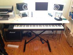 Picture of Sliding E.Piano/Keyboard Stand for DAW Piano Digital, Digital Piano Keyboard, Keyboard Piano, Home Studio Setup, Home Studio Music, Studio Build, Piano Desk, Piano Table, Music Desk