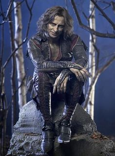 "Once Upon A Time Fan Art: Rumpelstiltskin ""Proof that it's possible to be creeped out AND attracted at the same time."" Robert Carlyle as Rumpelstiltskin/Mr Gold Robert Carlyle, Rumpelstiltskin, Serie M6, Narnia, Movies Showing, Movies And Tv Shows, South Park, I Zombie, Creeped Out"