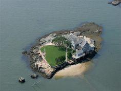 Perfect house - Belden Island CT