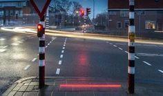 Nuevas tecnologías para ciudades, los semáforos en el suelo para salvar vidas ante los usuarios de móviles y smartphones. Serán los semáforos del futuro?  #urbanismo #ciudades #semaforos #moviles #smartphon #señalizacion