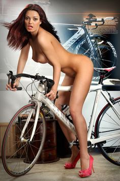Bikes, boobs, babes, butts...what-u-like...