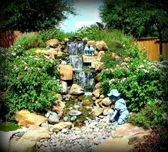 Pondless Waterfalls Gallery Pondless waterfalls are an exciting and innovative approach to water features. This concept is great for those that want a waterfall or the sound of running water without actually having a pond…