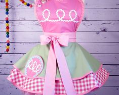 Hostess Cupcake Diner Waitress Retro Apron with Flair by Stoopidgerl