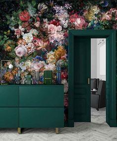 28 trendy ideas for floral wallpaper bedroom green Bedroom Green, Bedroom Decor, Interior Inspiration, Design Inspiration, Bathroom Inspiration, Interior Decorating, Interior Design, Diy Decorating, Custom Wallpaper