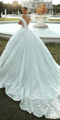 Vintage Wedding Dresses Said Mhamad 2019 Off Shoulder Lace Appliques Bridal Gowns Court Train Backless Wedding Dress with Wrap Custom Made Fall Wedding Dresses, Princess Wedding Dresses, Perfect Wedding Dress, Bridal Dresses, Wedding Gowns, Ball Dresses, Ball Gowns, Vestidos Fashion, Backless Wedding